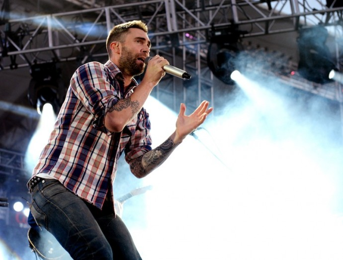 fullres 31 690x524 Adam Levine Defends His Promiscuous Ways & Clears The Air About Christina Aguilera