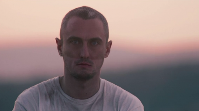 Screen Shot 2012 06 11 at 4.56.37 PM 690x386 Watch Designer Richard Nicoll Get Kidnapped By Models